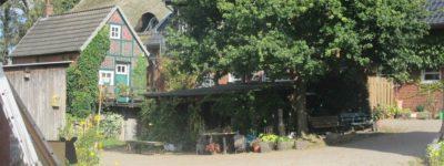 Einfahrt Hof Kaemena im Bremer Blockland
